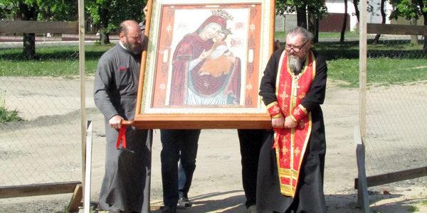 Прибытие чудотворной иконы Божией Матери «Велятичская